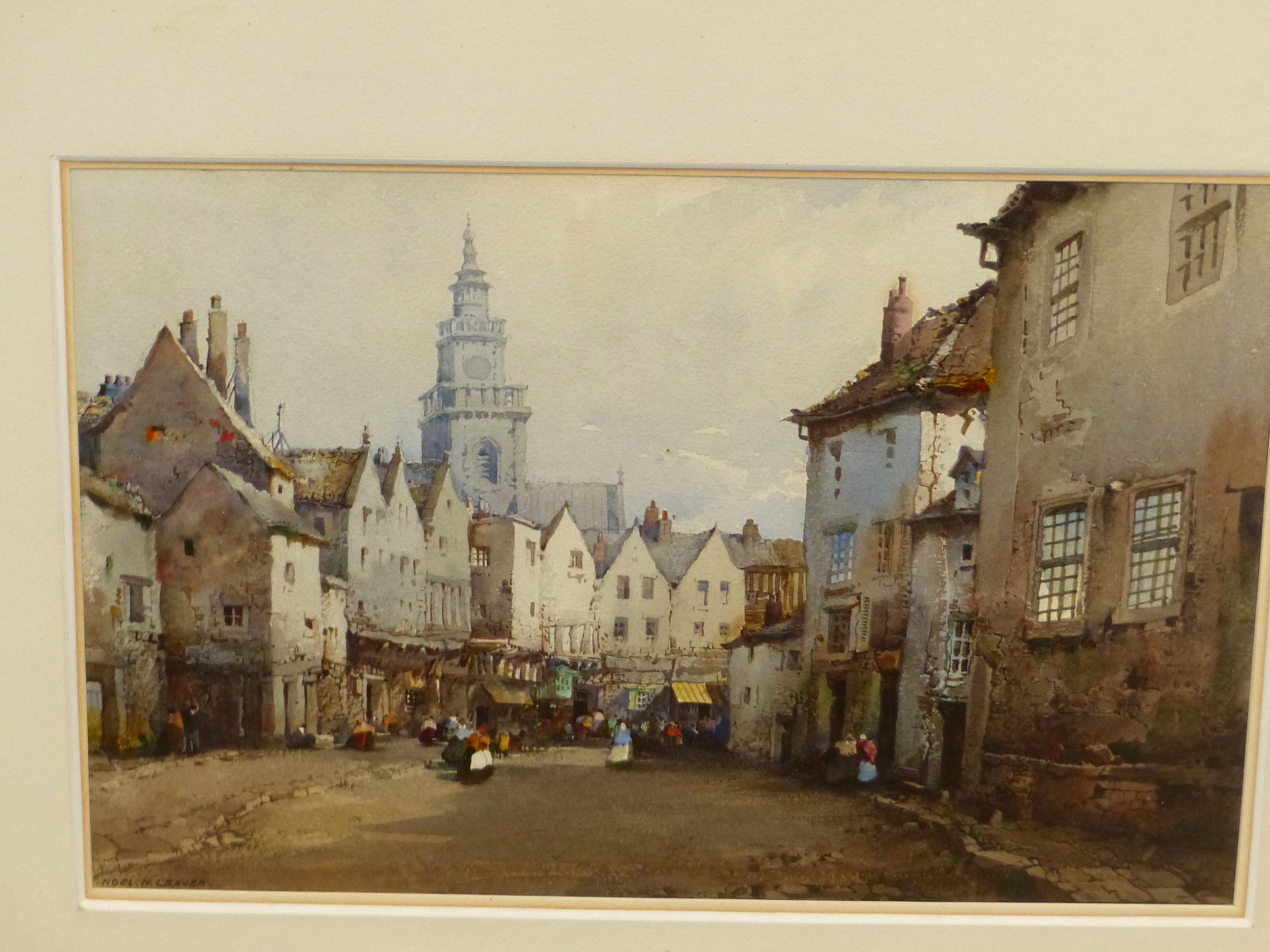 NOEL H LEAVER (1889-1951) THE TOWN MARKET, SIGNED WATERCOLOUR 18 x 26cm - Image 2 of 5