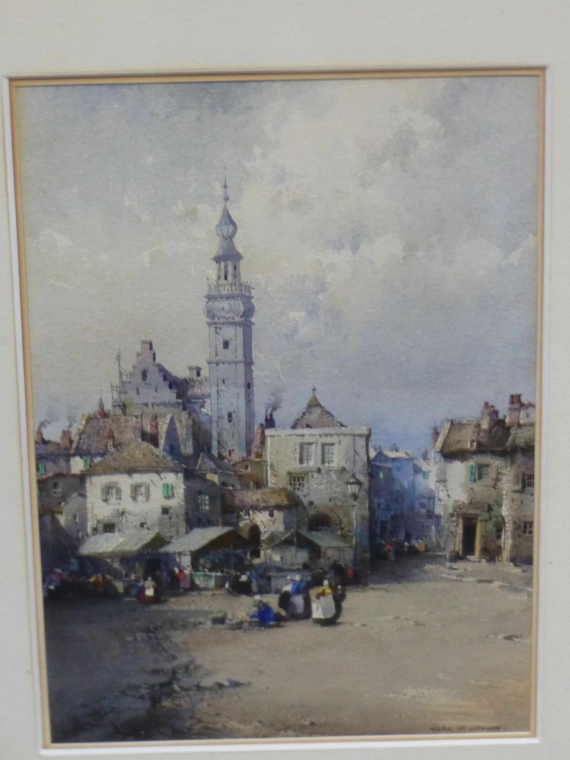NOEL H LEAVER (1889-1951) A PAIR OF TOWN SCENES, SIGNED WATERCOLOURS. 26 x 18 cm (2)
