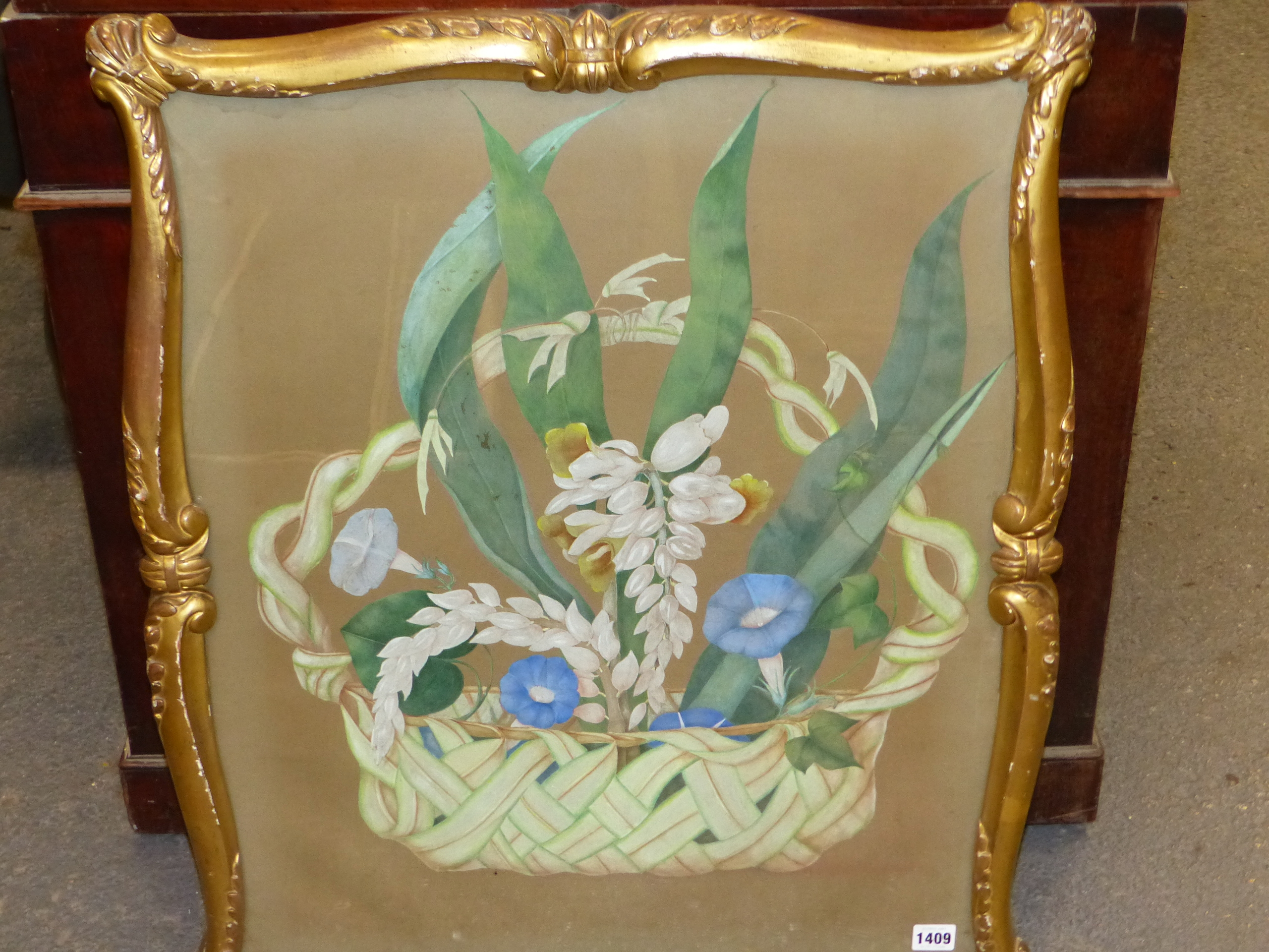 19th CENTURY SCHOOL. A BASKET OF FLOWERS, WATERCOLOUR. SHAPED CARVED GILTWOOD FRAME. IMAGE 66 x - Image 6 of 7
