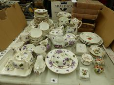 AN ANTIQUE HAMMERSLEY AND CO TEA SERVICE TOGETHER WITH DECORATIVE HEREND SMALL DISHES, AND FIVE