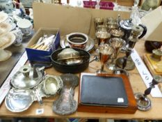 A QUANTITY OF PLATEDWARE TO INCLUDE VALERO SPANISH WINE GOBLETS, CASED CUTLERY. COFFEE POT,