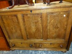 AN ANTIQUE OAK MULE CHEST, THE THREE DIAMOND INLAID PANELS ABOVE TWO DRAWERS. W 117 x D 59 x H 88cms