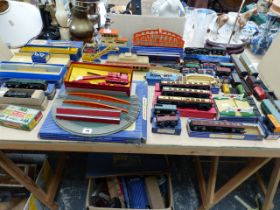 A LARGE COLLECTION OF HORNBY DUBLO TRAINS AND ROLLING STOCK TRACKSIDE ITEMS ETC.