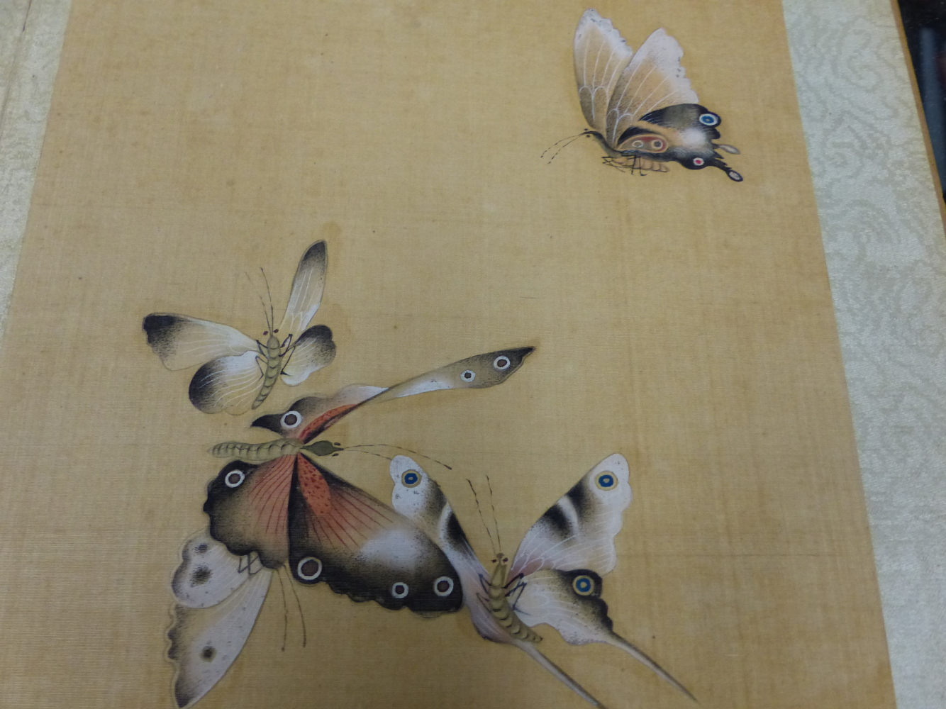 A CHINESE CONCERTINA BOOK OF EIGHT WATERCOLOURS ON SILK PAINTED WITH FLOWERS, BIRDS AND BUTTERFLIES, - Image 21 of 22
