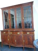 AN EDWARDIAN ROSEWOOD CROSS BANDED MAHOGANY DISPLAY CABINET, THE UPPER HALF WITH FOUR GLAZED DOORS