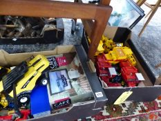 A QUANTITY OF BRITAINS, DINKY AND OTHER DIE CAST VEHICLES.