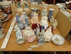 A GROUP OF COALPORT, ROYAL DOULTON, AND OTHER FIGURINES, A MASONS IRON STONE JUG, A VULCAN MINIATURE