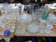 DRINKING GLASS, BOWLS, JUGS AND VASES