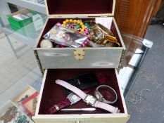 A JEWELLERY BOX AND CONTENTS INCLUDING COSTUME WATCHES