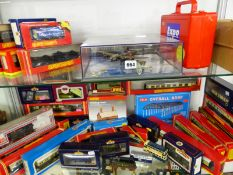 HORNBY, BACHMANN AND OTHER OO GAUGE LOCOMOTIVES AND ROLLING STOCK TOGETHER WITH A MEMORIAL FLIGHT OF