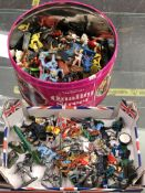 A QUANTITY OF VARIOUS PREDOMINATELY BRITAINS AND OTHER TOY FIGURES TO INCLUDE COWBOYS, INDIANS,