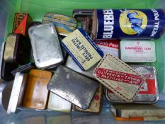 A QUANTITY OF VINTAGE TINS TO INCLUDE BLUEBELL, OVALTINE, GERMOPLAST, TCP, POTTER'S, ASPRIN ETC