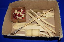 BOX CONTAINING BONE AND IVORY ITEMS, SMALL BRUSHES ETC AND SMALL POCKET CHESS SET