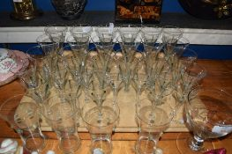 TRAY CONTAINING QUANTITY OF DECO STYLE WINE GLASSES