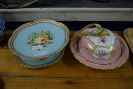 MUFFIN DISH MADE BY SPODE FOR T G GOODE, TOGETHER WITH A 19TH CENTURY ENGLISH PORCELAIN TAZZA AND