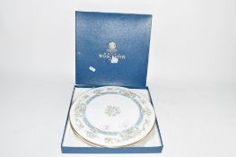 ROYAL WORCESTER CAKE PLATE IN ORIGINAL BOX