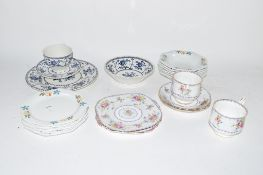 GROUP OF CHINA WARES INCLUDING JOHNSON INDIES PATTERN CUP AND SAUCER, ROYAL ALBERT CUP AND SAUCER