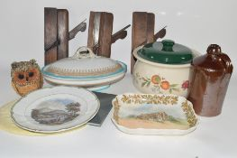 BOX CONTAINING CERAMIC ITEMS, TUREEN AND COVER, ROYAL DOULTON PLATE SERIES WARE ETC