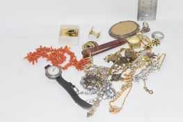 SMALL TRAY OF COSTUME JEWELLERY