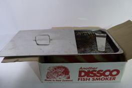 BOXED DISSCO FISH SMOKER