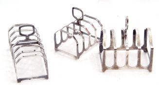 Mixed Lot: hallmarked silver toast rack of rectangular form, six divisions with central carrying