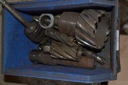 Tub of metal cutting bits