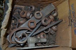 Box mixed decorative castings