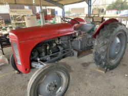 Vintage Tractors, Classsic Car, Bicycles, Horse Cart, Stationery Engines, Vintage Collectables, Trailers, etc