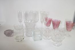 BOX QTY OF GLASS WARES, CHAMPAGNE FLUTES ETC