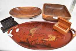 GROUP OF WOODEN TRAYS AND BOWLS