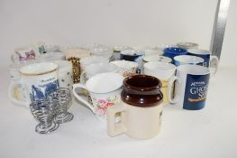 TRAY CONTAINING QTY OF CERAMIC MUGS