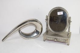 SMALL METAL DRESSING TABLE MIRROR WITH TRAY