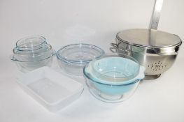 GROUP OF PIREX KITCHEN DISHES AND OTHER GLASS WARES AND METAL STRAINER