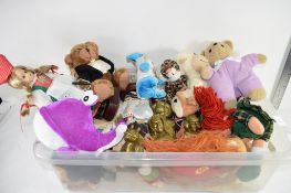 BOX CONTAINING DOLLS AND PLASTIC BOX CONTAINING SOFT TOYS
