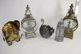METAL WARES INCLUDING A METAL MODEL OF A BEE, TWO METAL WALL LIGHTS ETC