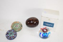 SMALL BOX CONTAINING PAPERWEIGHTS INCLUDING A BOXED CAITHNESS GLASS WEIGHT