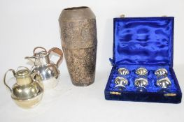BOX CONTAINING SET OF SMALL METAL LIQUEUR HOLDERS, COCKTAIL TYPE SHAKER AND TWO FURTHER METAL JUGS