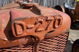 Allis Chalmers D-270 Tractor, barn find for restoration