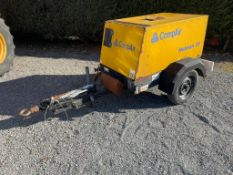 Diesel road tow compressor.... starts runs and makes air