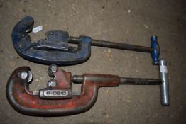 Pair pipe cutters