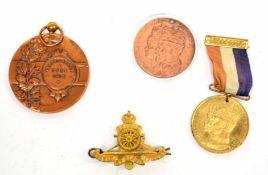 "Quantity of bronze medallions ""Veeprijskamp + Yper 1912"", together with further pair of George VI"