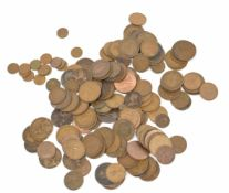Quantity of 19th and 20th century 1d coins with further small quantity of half pennies