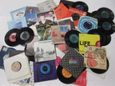 800b: Approx 132 45rpm records