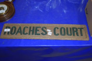METAL SIGN FOR ROACHES COURT