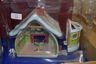 CHRISTMAS HOUSE STYLE DECORATION BY VILLEROY & BOCH WITH ORIGINAL BOX