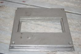 Thermometer adapter plates