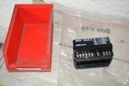 Adapter socket for burner controller