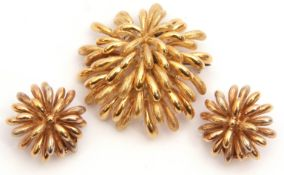 Designer made hallmarked 18ct gold chrysanthemum head spray brooch, together with matching clip-on