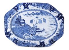 Large English porcelain platter, probably Bow or Isleworth, decorated to the centre with a