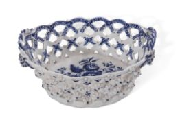 Lowestoft porcelain chestnut basket decorated with the pine cone pattern with rope handles, the